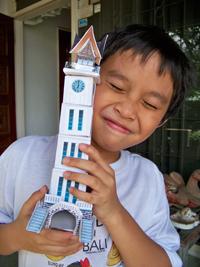 Papercraft Jam Gadang