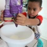 Membuat es krim sederhana