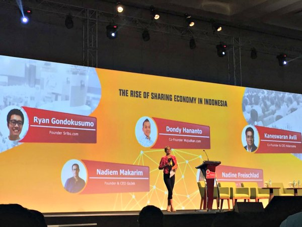 Pengalaman Menghadiri IESE (Indonesia E-Commerce Summit & Expo)