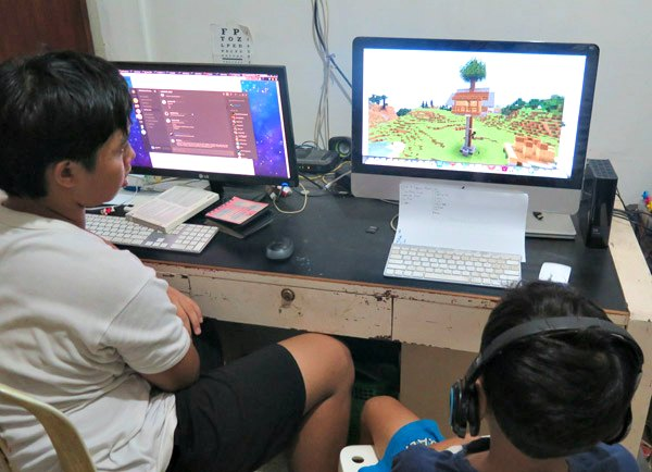 Video Minecraft pertama Duta: Treehouse