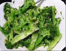 brokoli salad