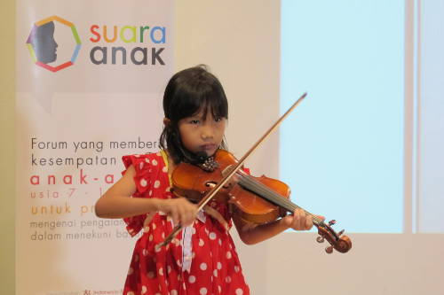 Ayasha (7 tahun)