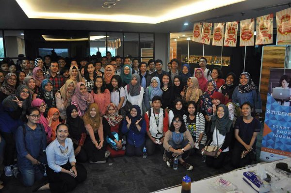 gala-dinner-student-jobs