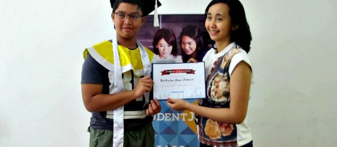 foto-graduation-bareng-ka-nisa