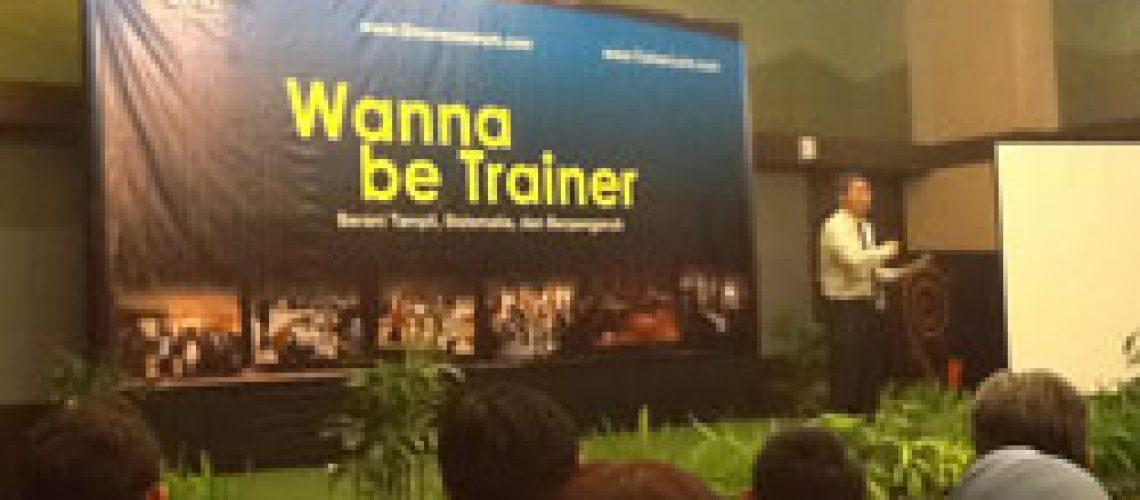 Wanna be Trainer - Pengalaman mengikuti training Jamil Azzaini hari kedua